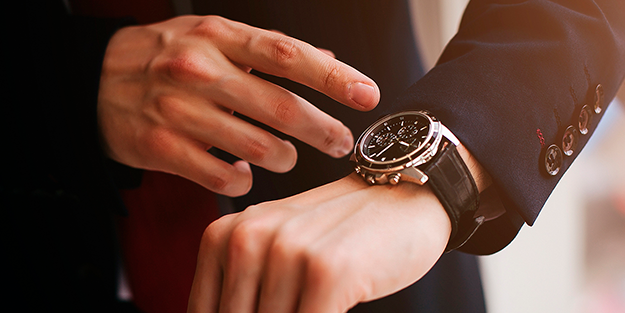 山形で結納返しをお考えの方には、新光堂のブランド時計がおすすめです